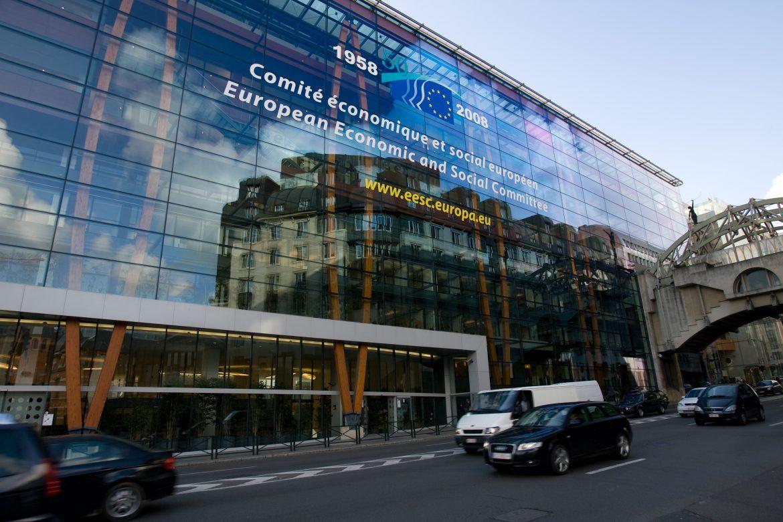 EHSV žiada posilniť sociálny dialóg v EÚ