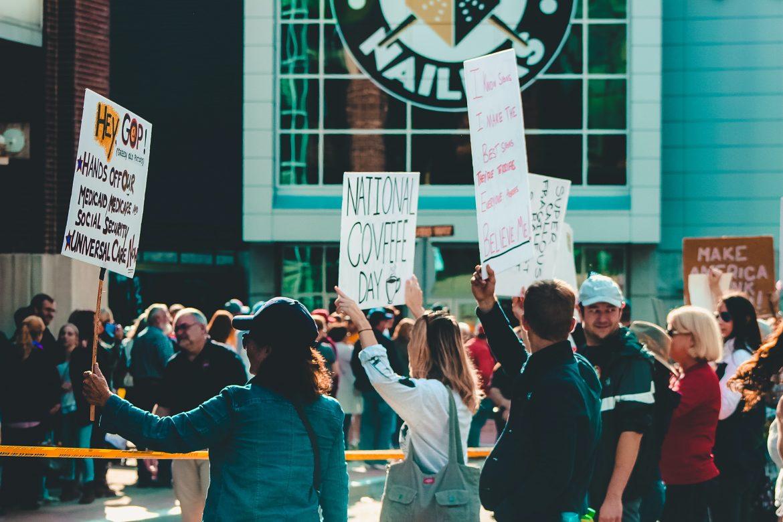 Štrajk zamestnancov a zastrašovanie zo strany zamestnávateľa