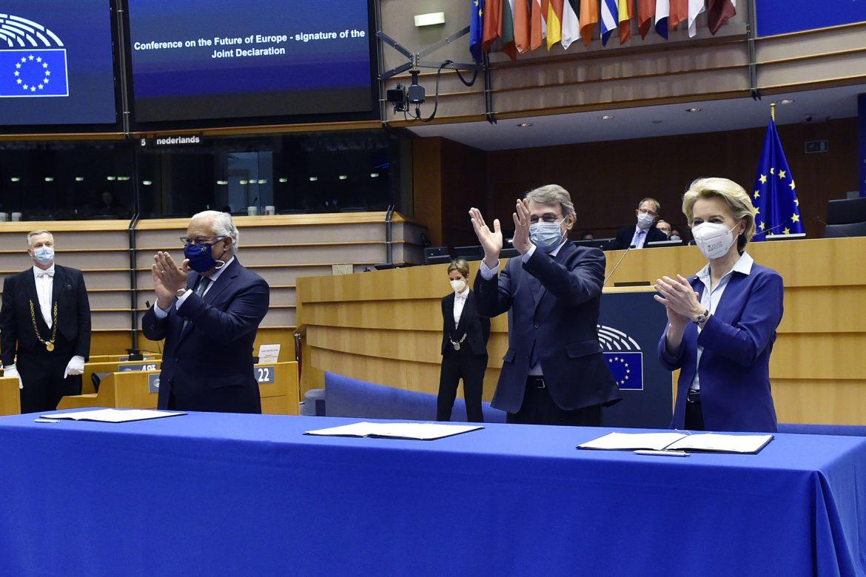 Európska únia potrebuje zmenu zmlúv na ochranu sociálnych práv